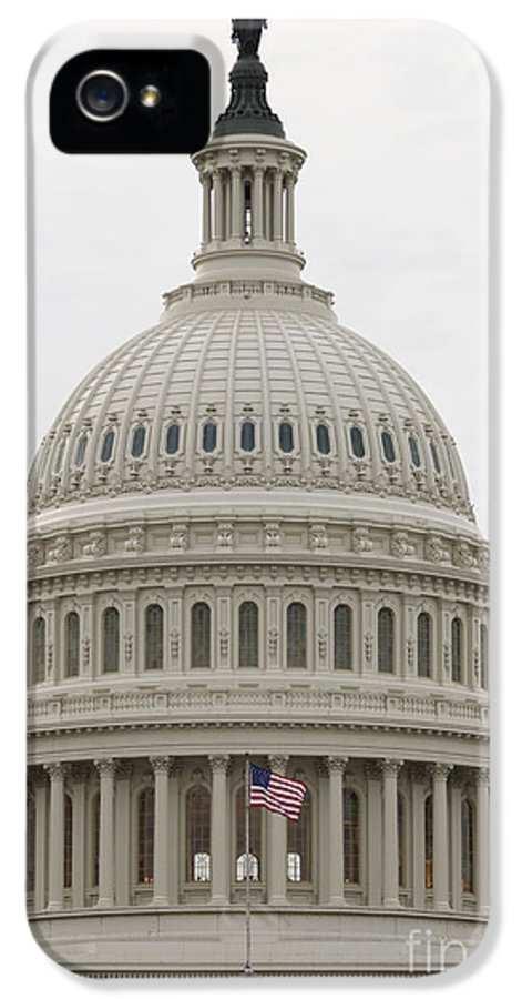 American Flag IPhone 5 / 5s Case featuring the photograph Dome Of The Capitol Building by Roberto Westbrook