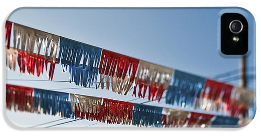 4th Of July IPhone 5 / 5s Case featuring the photograph Exterior Red White And Blue Decorations by Eddy Joaquim
