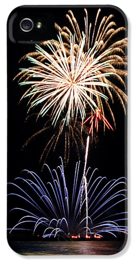 Fireworks IPhone 5 / 5s Case featuring the photograph Fireworks Abound by Bill Pevlor