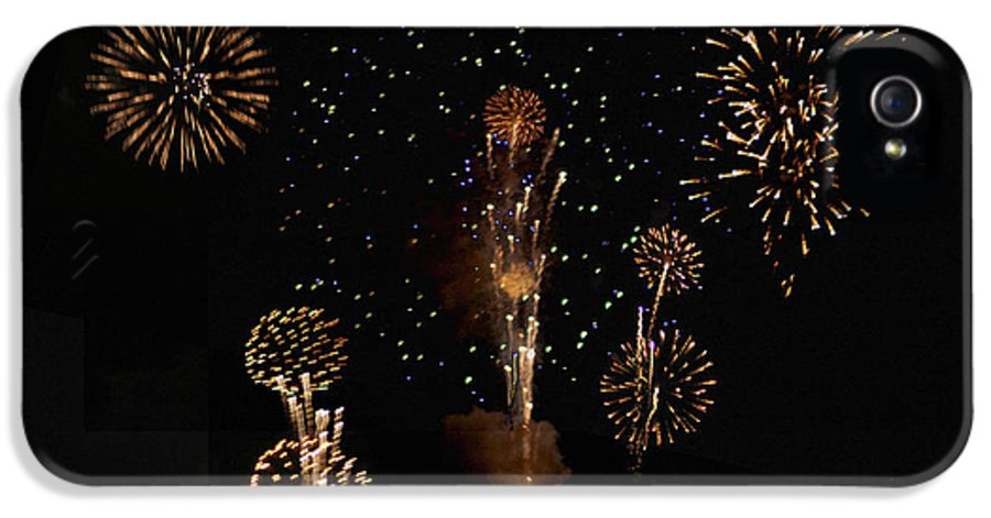 Fireworks IPhone 5 / 5s Case featuring the photograph Fireworks by Bill Cannon