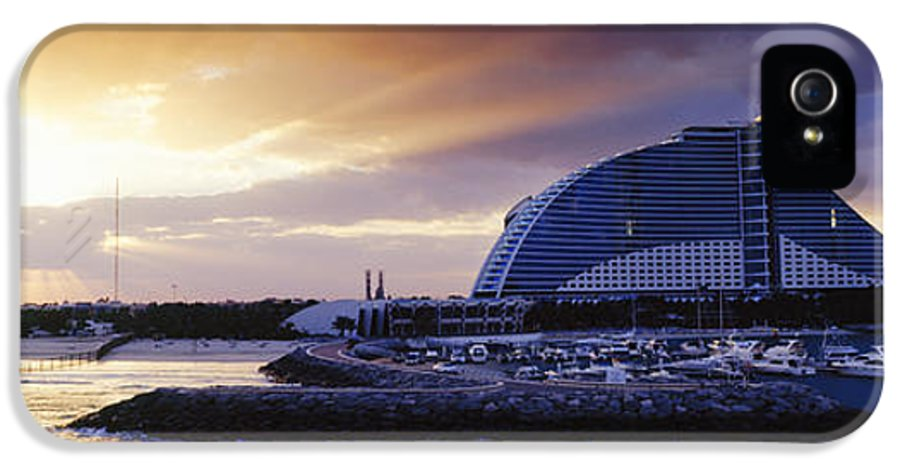 Architecture IPhone 5 / 5s Case featuring the photograph Jumeirah Beach Hotel At Sunrise by Jeremy Woodhouse