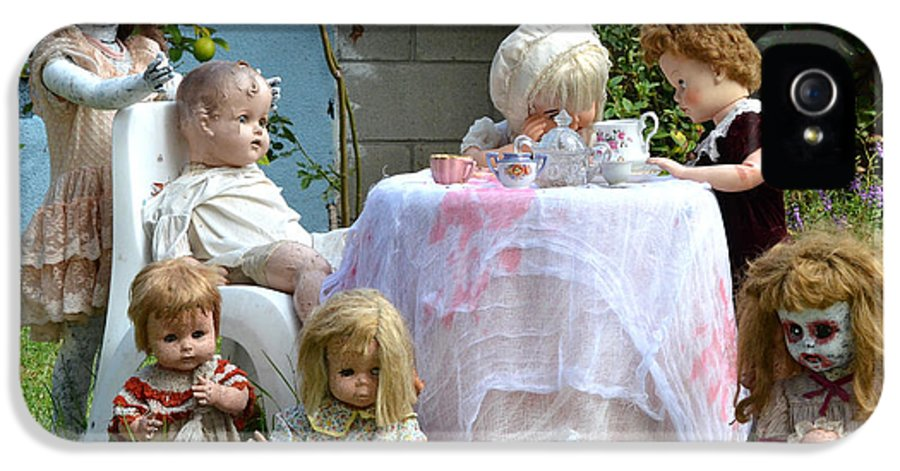 Dolls IPhone 5 / 5s Case featuring the photograph Misfit Tea Party by Fraida Gutovich