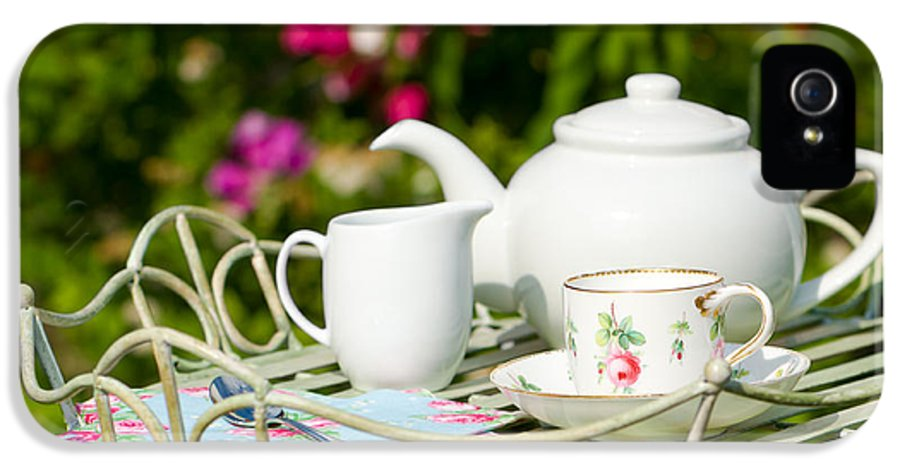 Tea IPhone 5 / 5s Case featuring the photograph Outdoor Tea Party by Amanda And Christopher Elwell