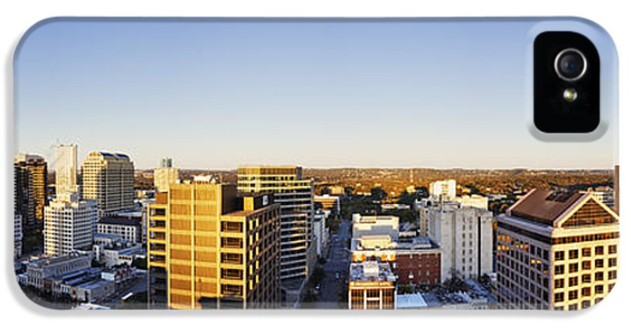 Architecture IPhone 5 / 5s Case featuring the photograph Panoramic City Skyline by Jeremy Woodhouse