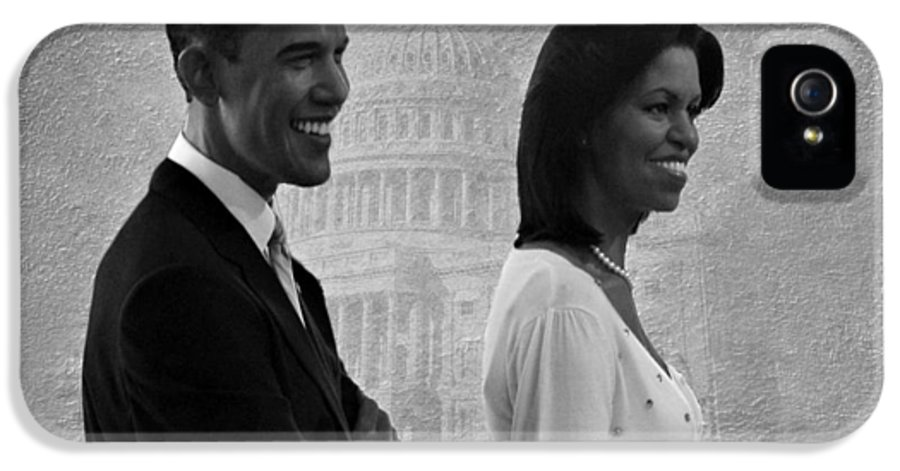 President Obama IPhone 5 / 5s Case featuring the photograph President Obama And First Lady Bw by David Dehner