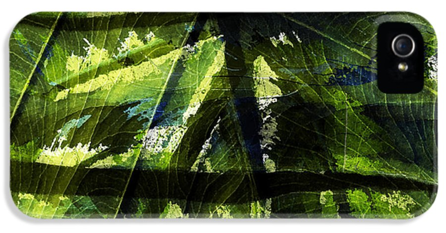 Abstract IPhone 5 / 5s Case featuring the photograph Rainforest Abstract by Bonnie Bruno