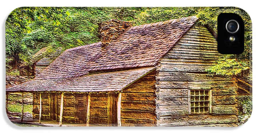 Built 1800s IPhone 5 / 5s Case featuring the photograph The Bud Ogle Homestead by Barry Jones