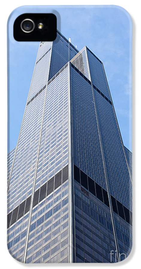 Chicago IPhone 5 / 5s Case featuring the photograph Willis-sears Tower In Chicago by Paul Velgos