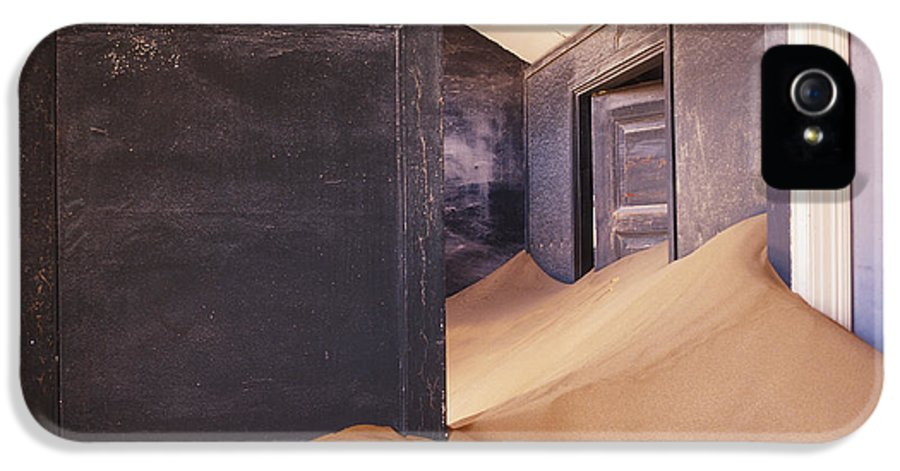Abandoned IPhone 5 / 5s Case featuring the photograph Abandoned House Filled With Drifting Sand by Jeremy Woodhouse