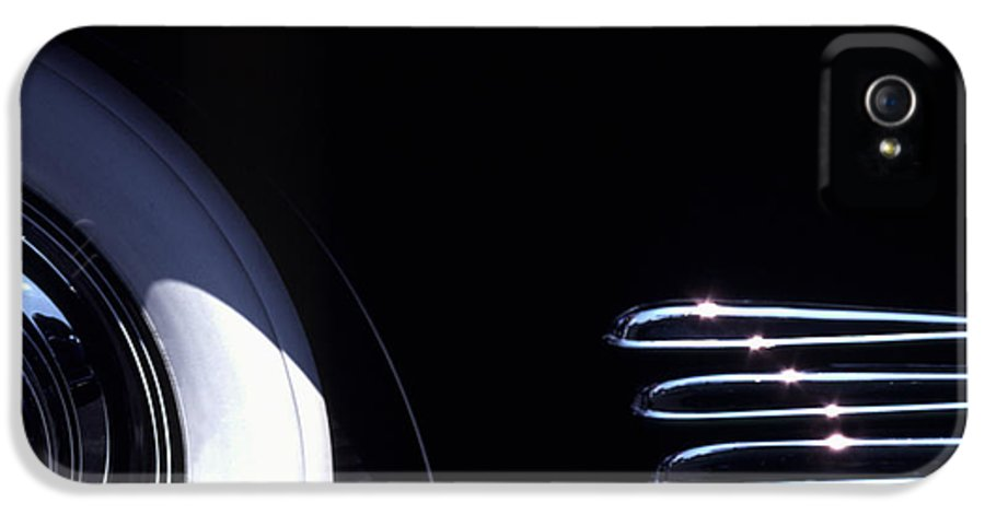 1338 IPhone 5 / 5s Case featuring the photograph 1938 Cadillac Limo With Chrome Strips by Anna Lisa Yoder