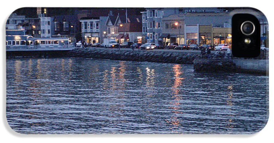 Sausalito IPhone 5 / 5s Case featuring the photograph A Scenery Of Sausalito At Dusk by Hiroko Sakai