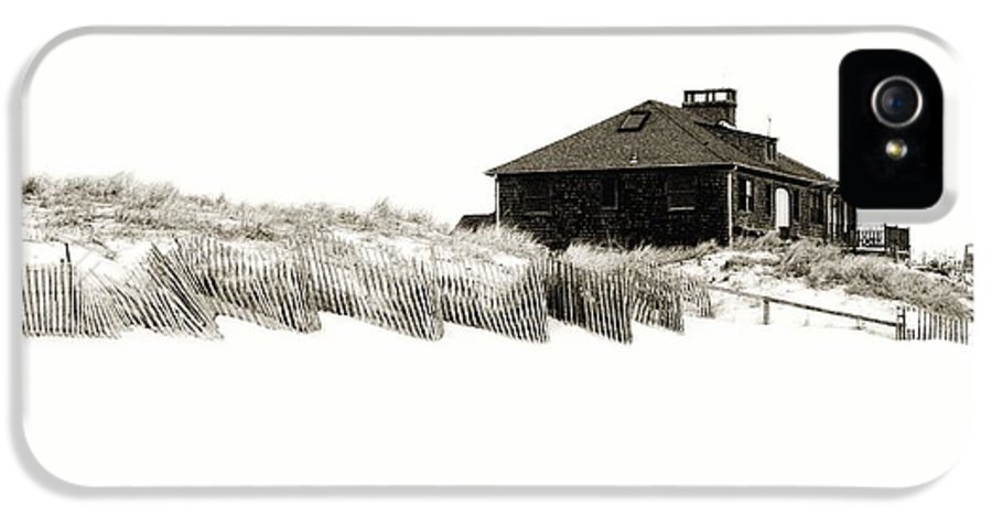 Beach House IPhone 5 / 5s Case featuring the photograph Beach House - Jersey Shore by Angie Tirado