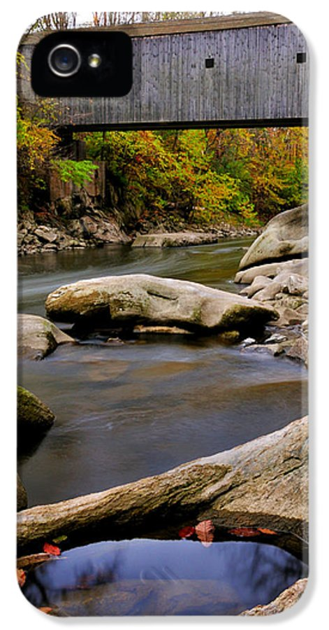 Bulls Bridge IPhone 5 / 5s Case featuring the photograph Bulls Bridge - Autumn Scene by Thomas Schoeller