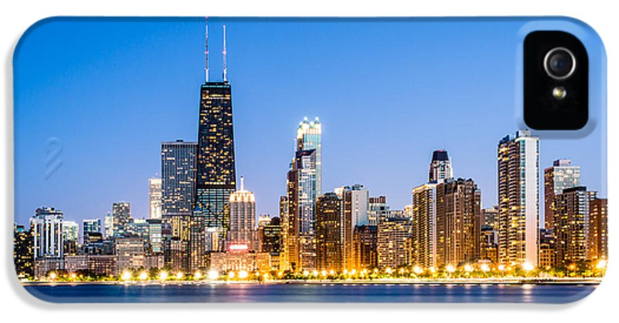 America IPhone 5 / 5s Case featuring the photograph Chicago Skyline At Twilight by Paul Velgos