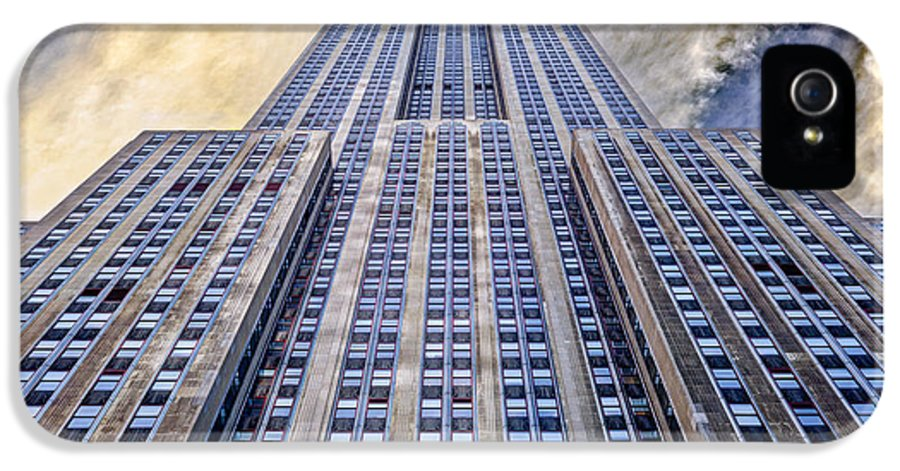 Empire State Building IPhone 5 / 5s Case featuring the photograph Empire State Building by John Farnan