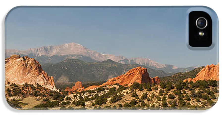 Garden Of The Gods Park Colorado Springs Pikes Peak Kissing Camels Landscape Panoramic IPhone 5 / 5s Case featuring the photograph Garden Of The Gods by Brian Harig