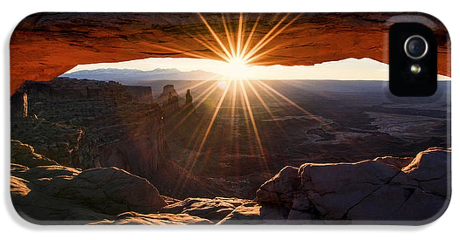 Mesa Glow IPhone 5 / 5s Case featuring the photograph Mesa Glow by Chad Dutson