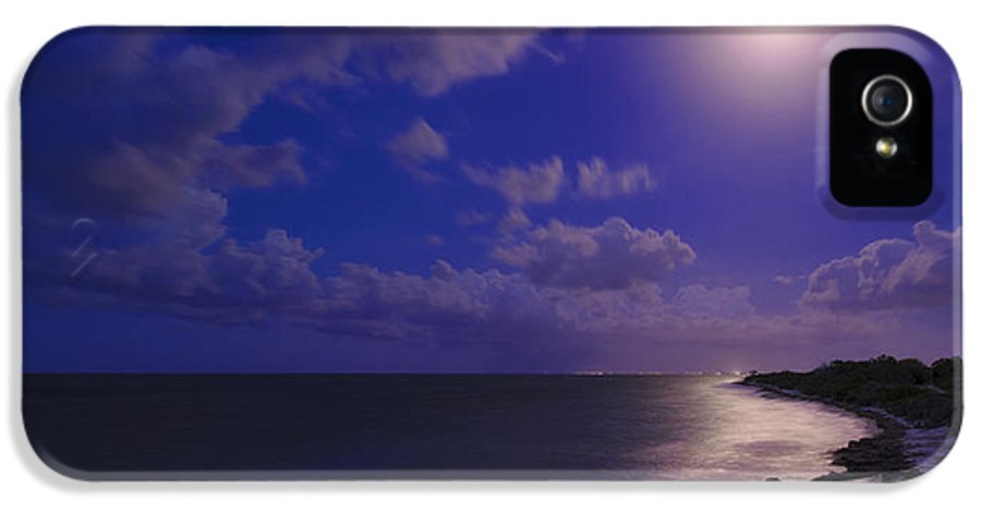 Moonlight Sonata IPhone 5 / 5s Case featuring the photograph Moonlight Sonata by Chad Dutson