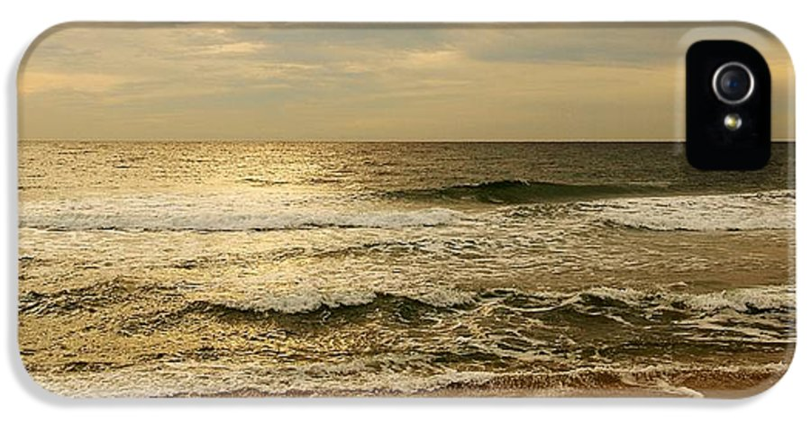 Morning IPhone 5 / 5s Case featuring the photograph Morning On The Beach - Jersey Shore by Angie Tirado
