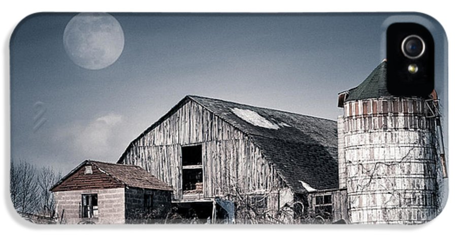 Barn IPhone 5 / 5s Case featuring the photograph Old Barn And Winter Moon - Snowy Rustic Landscape by Gary Heller
