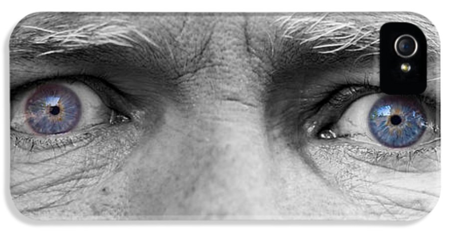 Eyes IPhone 5 / 5s Case featuring the photograph Old Blue Eyes by James BO Insogna