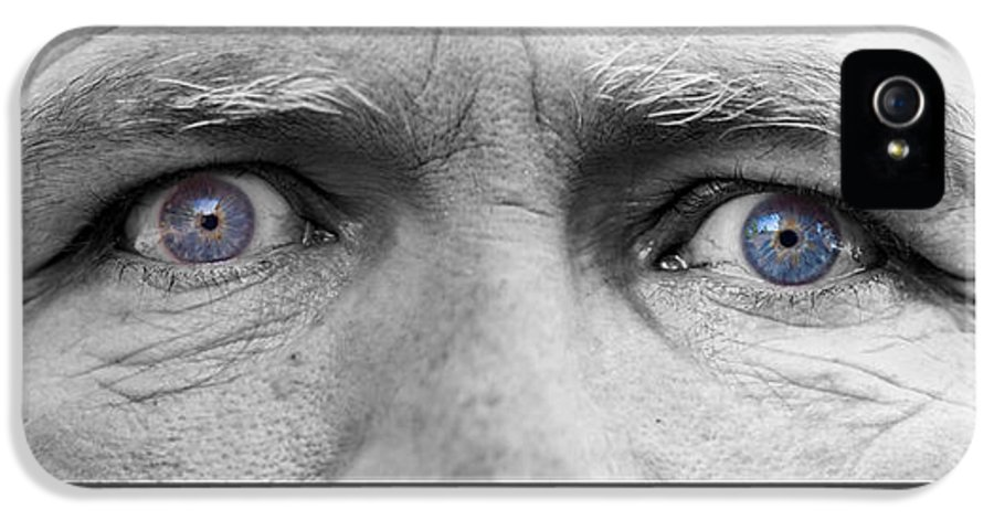 Eyes IPhone 5 / 5s Case featuring the photograph Old Blue Eyes Poster Print by James BO Insogna