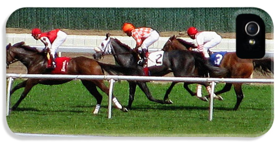Horse Racing IPhone 5 / 5s Case featuring the photograph One Two Three by Colleen Kammerer