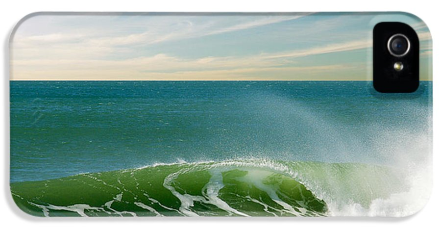 Atlantic IPhone 5 / 5s Case featuring the photograph Perfect Wave by Carlos Caetano