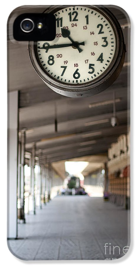 Activity IPhone 5 / 5s Case featuring the photograph Railway Station Clock by Deyan Georgiev