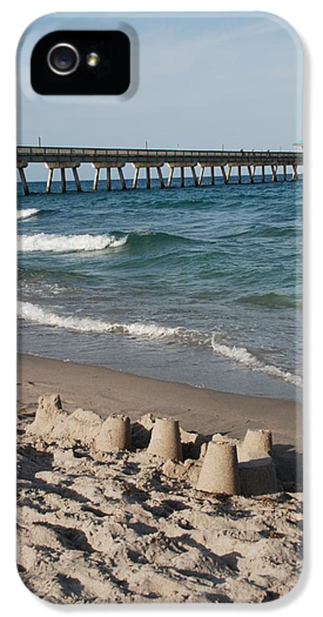 Sea Scape IPhone 5 / 5s Case featuring the photograph Sand Castles And Piers by Rob Hans