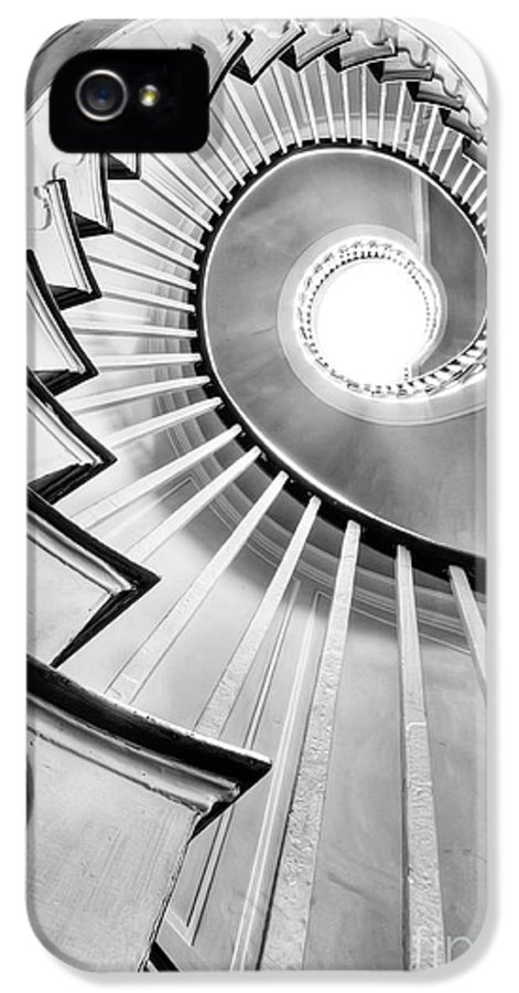 Spiral Staircase IPhone 5 / 5s Case featuring the photograph Spiral Staircase Lowndes Grove by Dustin K Ryan