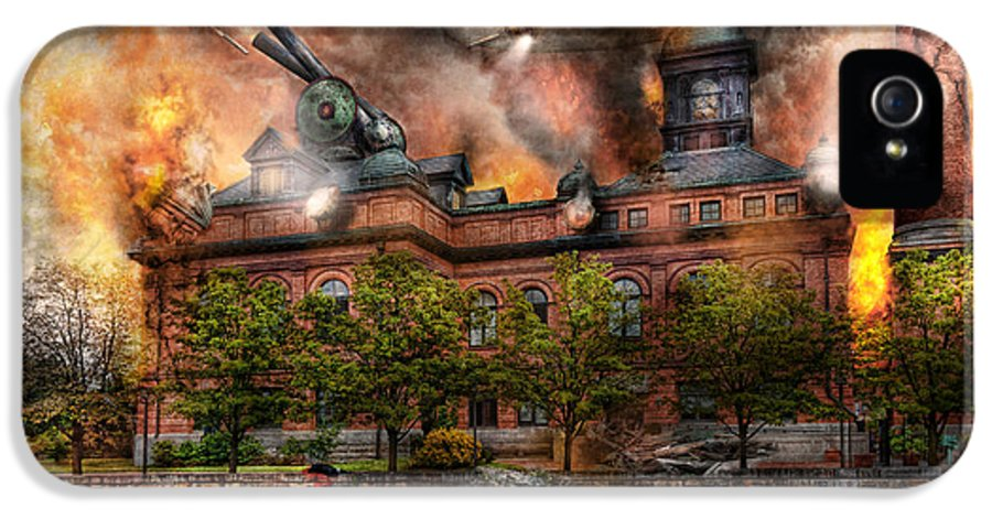 Apocalyptic IPhone 5 / 5s Case featuring the photograph Steampunk - The War Has Begun by Mike Savad