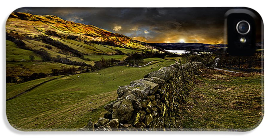 Windermere IPhone 5 / 5s Case featuring the photograph Storm Over Windermere by Meirion Matthias