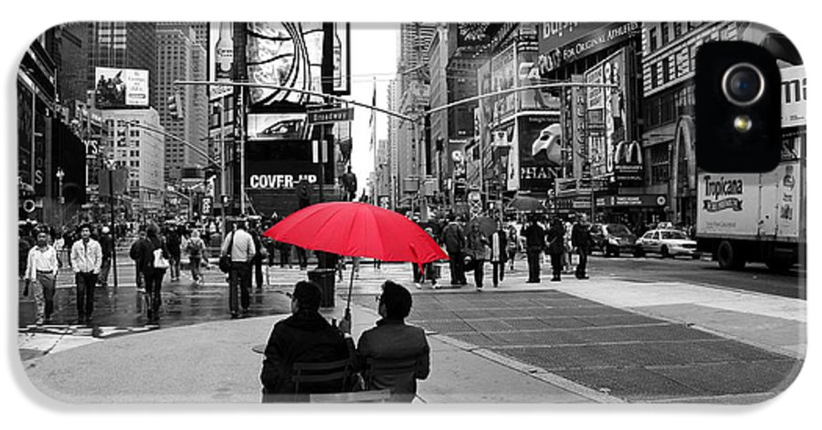 Times Square IPhone 5 / 5s Case featuring the photograph Times Square 5 by Andrew Fare