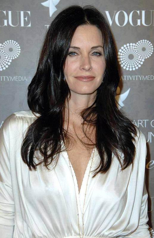 The Art Of Elysium 2nd Annual Black Tie Gala Poster featuring the photograph Courteney Cox Arquette At Arrivals by Everett