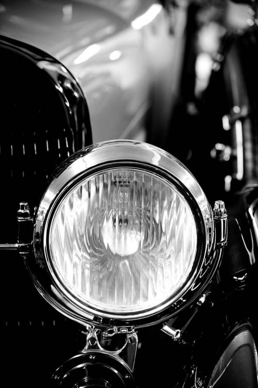 1925 Lincoln Poster featuring the photograph 1925 Lincoln Town Car Headlight by Sebastian Musial