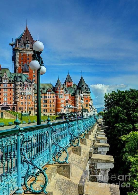 Cityscapes Poster featuring the photograph Le Chateau Frontenac by Mel Steinhauer