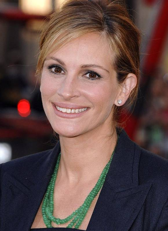Julia Roberts Poster featuring the photograph Julia Roberts At Arrivals For Larry by Everett