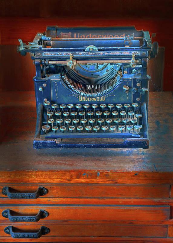 Underwood Typewriter Poster featuring the photograph Underwood Typewriter by Dave Mills