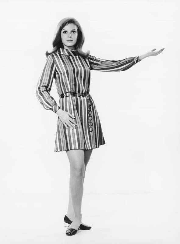 25-29 Years Poster featuring the photograph Woman Gesturing In Studio, (b&w) by George Marks