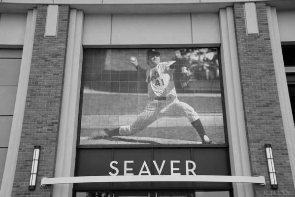 Shea Stadium Poster featuring the photograph Tom Seaver 41 In Black And White by Rob Hans