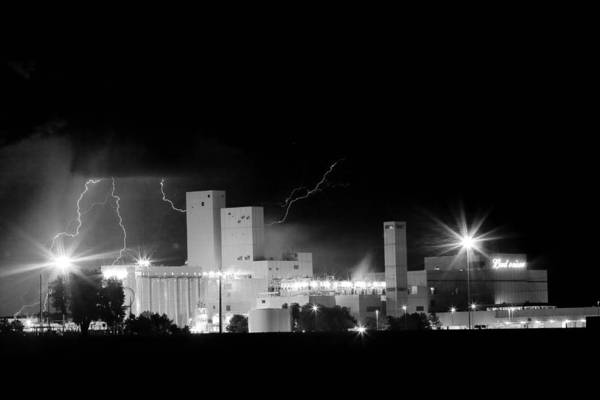 40d Poster featuring the photograph Budwesier Brewery Lightning Thunderstorm Image 3918 Bw by James BO Insogna