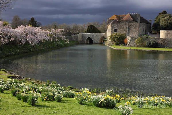 Kent Poster featuring the photograph Leeds Castle In Kent United Kingdom by Kiril Stanchev