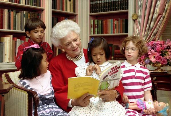 History Poster featuring the photograph First Lady Barbara Bush Reads by Everett