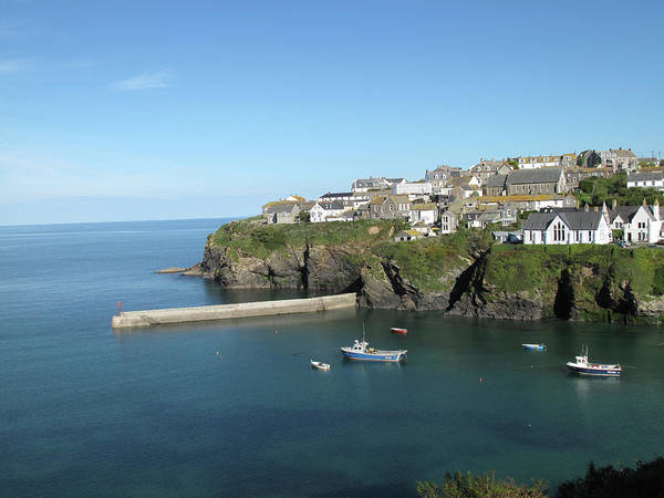 Horizontal Poster featuring the photograph Harbour In Port Isaac, Cornwall by Thepurpledoor