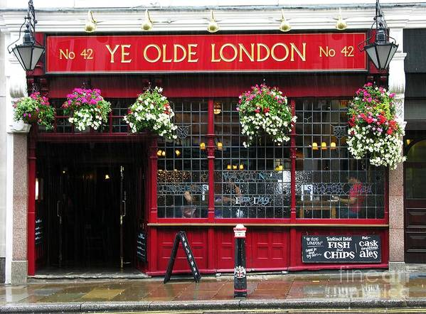 Pubs Poster featuring the photograph A Rainy Day In London by Mel Steinhauer