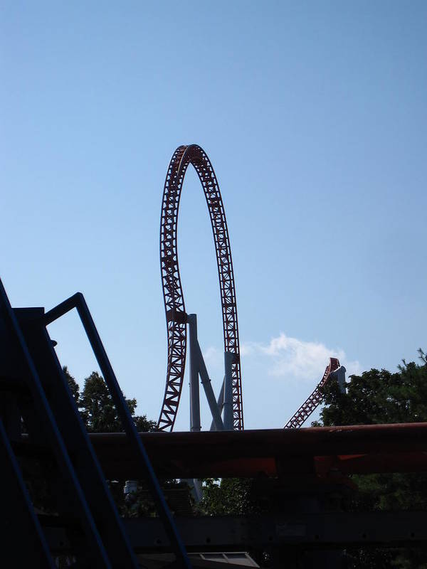 Hershey Poster featuring the photograph Hershey Park - Storm Runner Roller Coaster - 12124 by DC Photographer