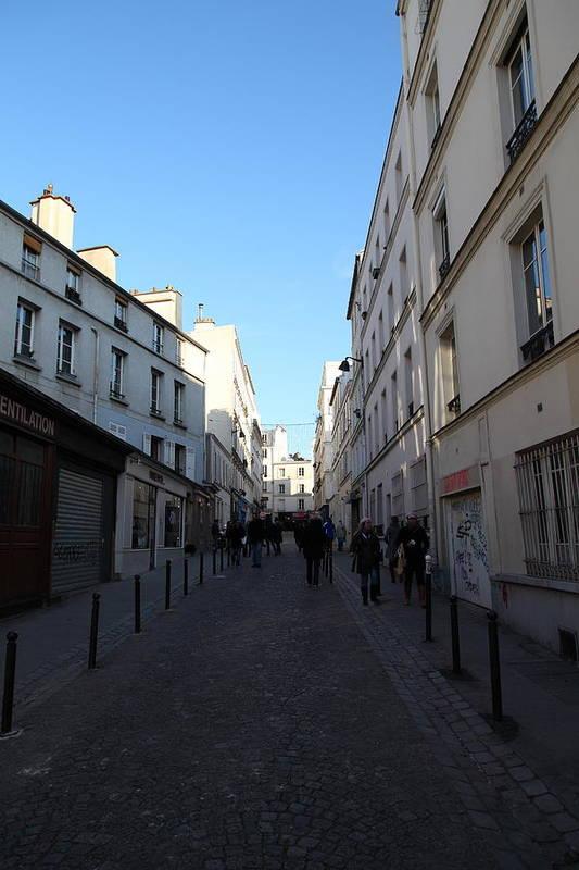 Paris Poster featuring the photograph Paris France - Street Scenes - 01131 by DC Photographer