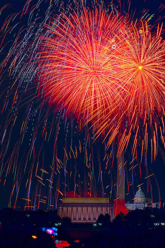 4th Of July Poster featuring the photograph Colors Over The Capital by David Hahn