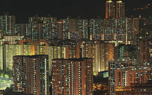 Horizontal Poster featuring the photograph Skyline At Night by Ryan Cheng Photography